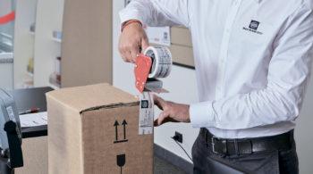mail boxes etc. упаковка 1 350x195 - Наши услуги